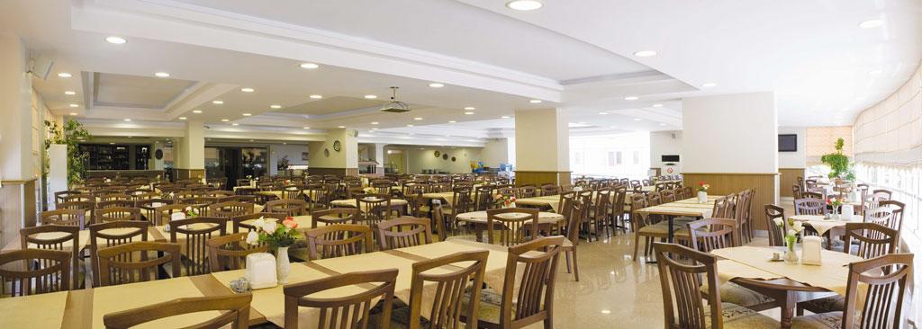 Местоположение на хотел Billurcu 3*, Айвалък: Hotel & Suites Billurcu се намира на 200 м от най-хубавите пясъчни плажове в Айвалък, в района на Сарамсаклъ. Последно е реновиран през […]
